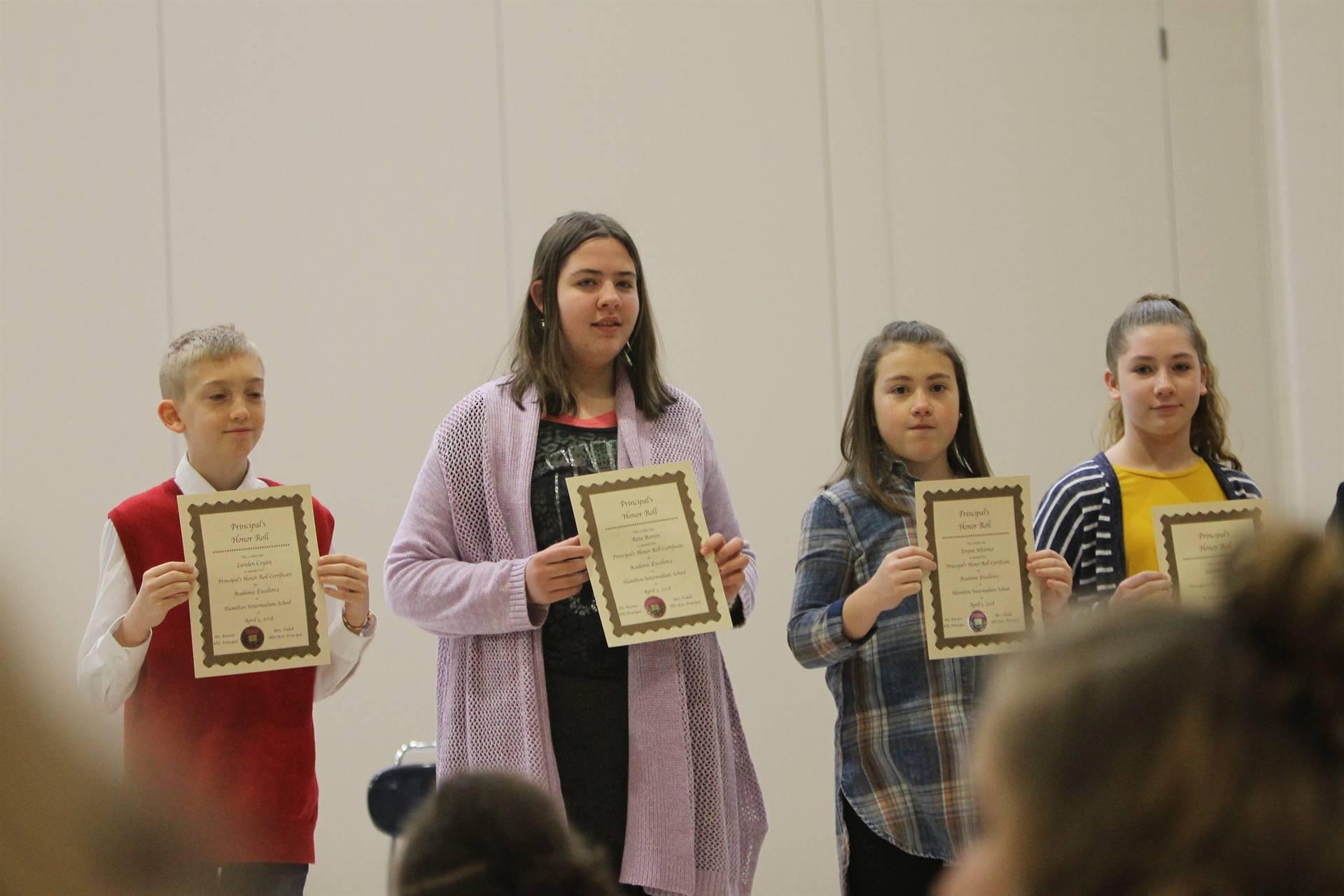 jj6th grade Honors Assembly