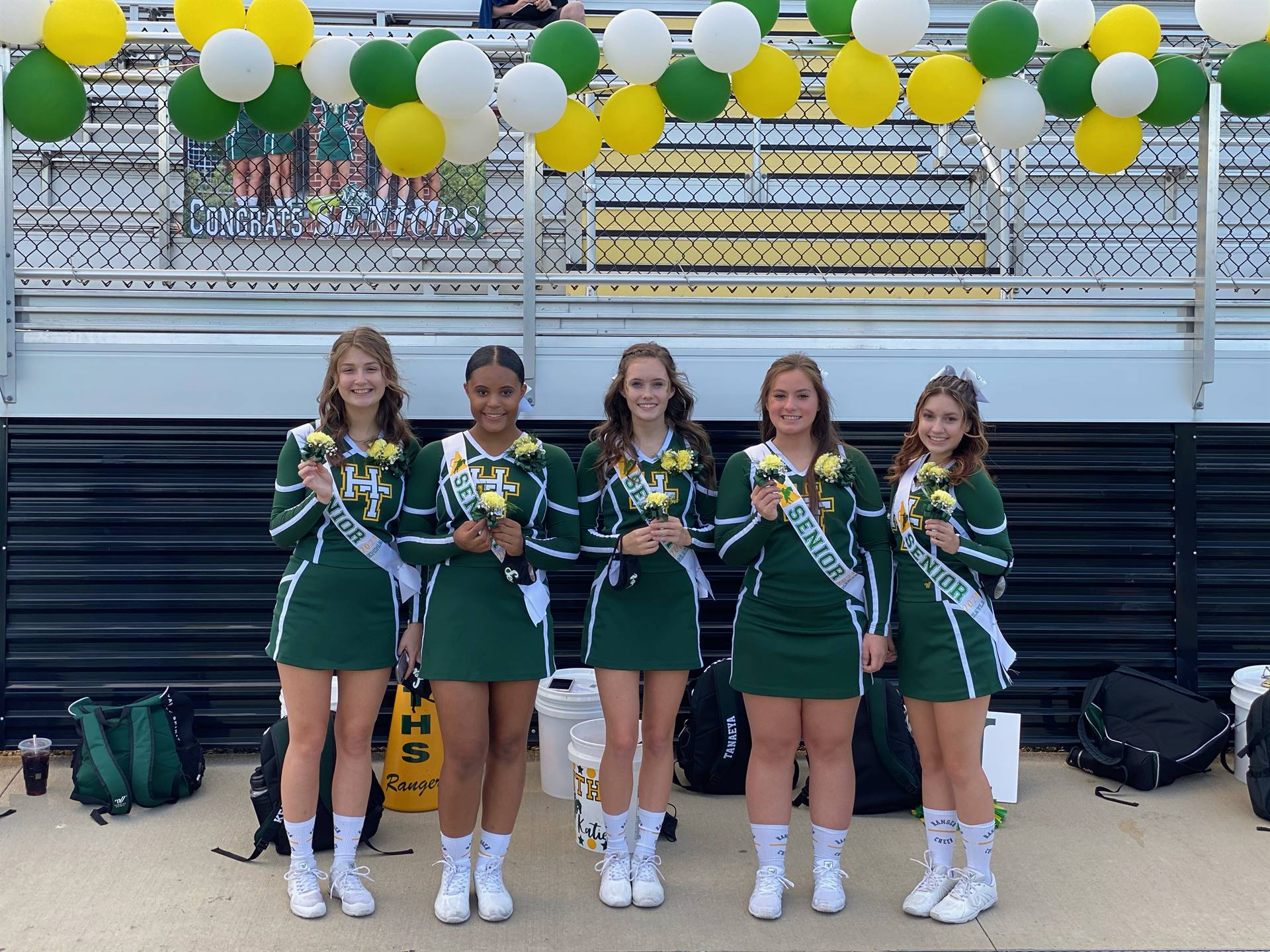 2020 Football Cheer Seniors
